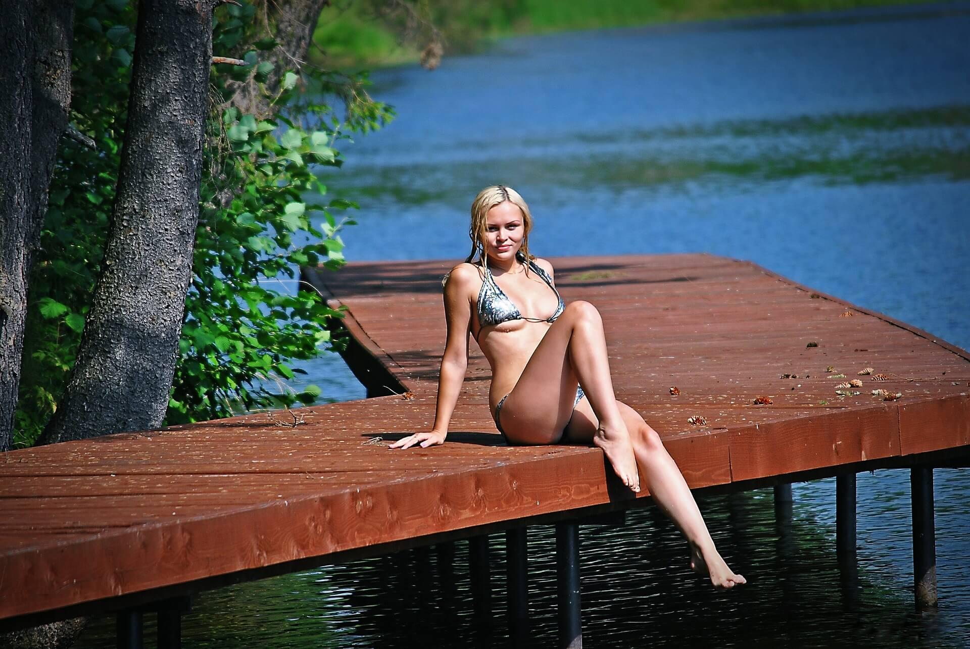 Pornodarstellerin werden Outdoor See